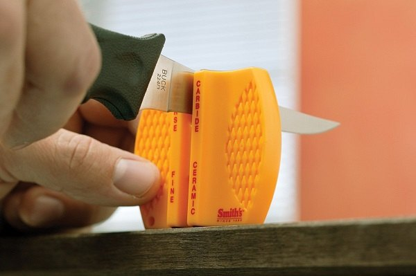 How to Buy a Pocket Knife Sharpener
