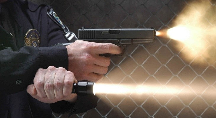 How to Buy a Police Flashlight