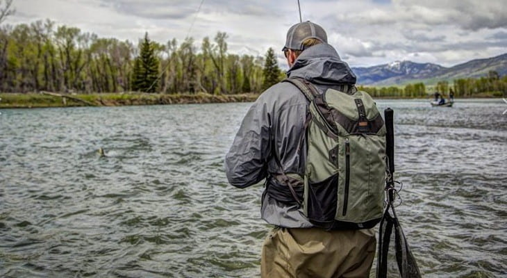 How to Buy a Fishing Backpack
