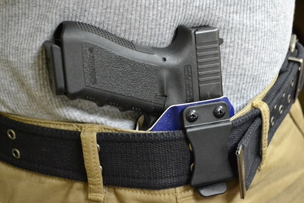 How to Buy the Best IWB Holster For Glock 19