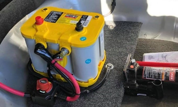 Marine battery Use and Maintenance Tips