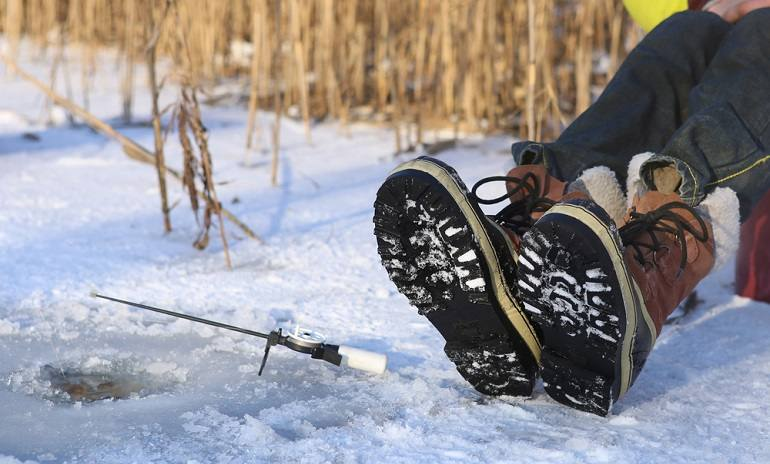 How to Buy the Best Ice Fishing Boot