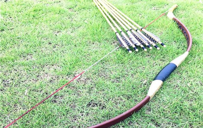 Huntingdoor Traditional Longbow with String Brown Review