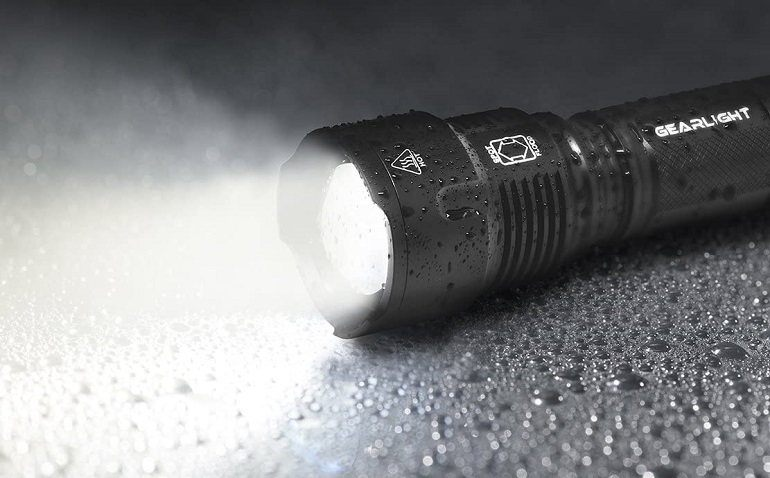 How to Buy the Best Brightest Flashlights