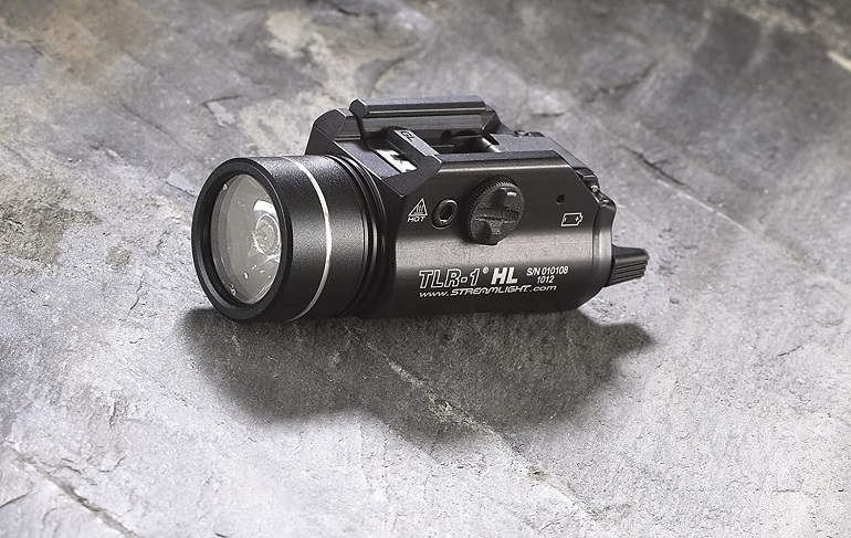 How to Buy the Best Hunting Flashlights